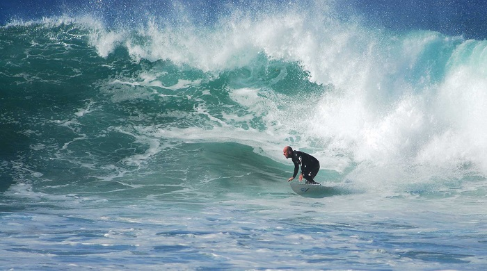 Surfing Rental and lessons