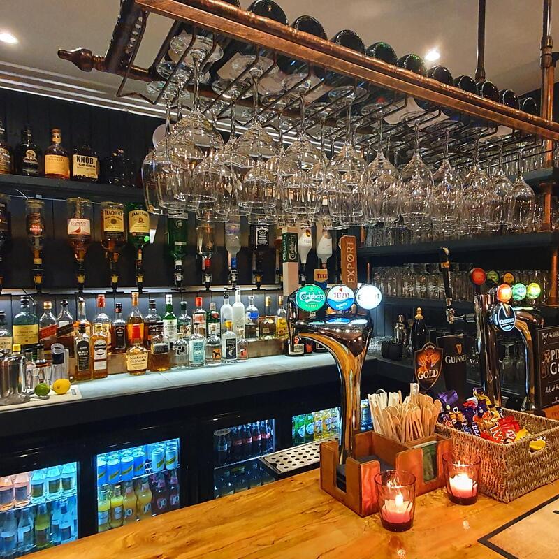Bent Peg Bar